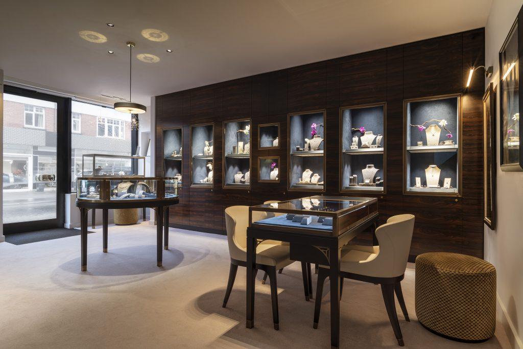 04 - WHY Jewellers main display